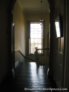 01-lh-upstairs