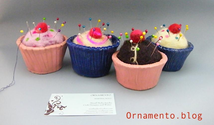 CupcakePincushions